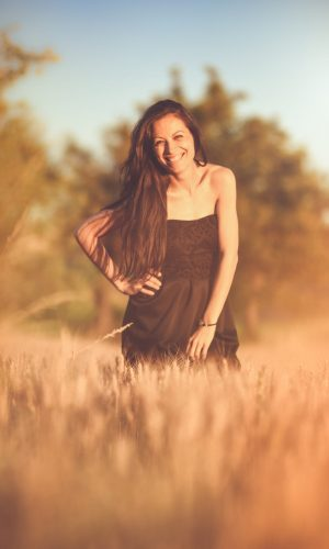 photographer prague photo sesions sessions photosessions pose happy smile woman lady mother sun sunset joy photograpgy lovers love memories